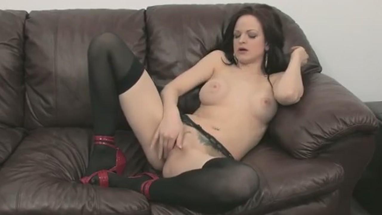 Мастурбация на порнокастинге видео фото 116-340