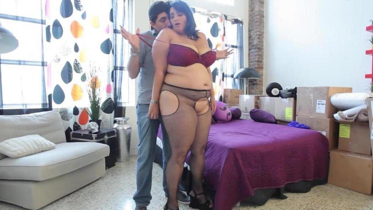 Порно толстая арабка